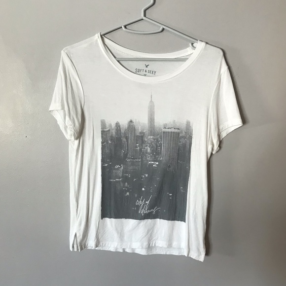 3a11baad American Eagle Outfitters Tops   American Eagle City Of Dreams Tee ...